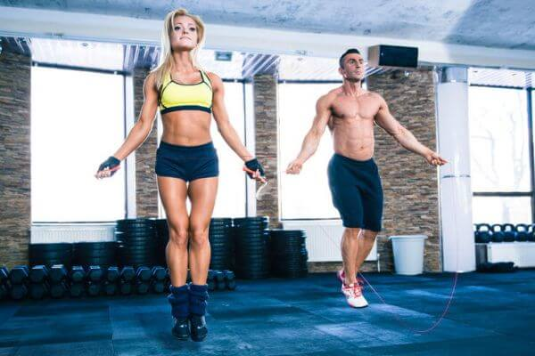 Este bine sa facem cardio inainte sau dupa antrenament?